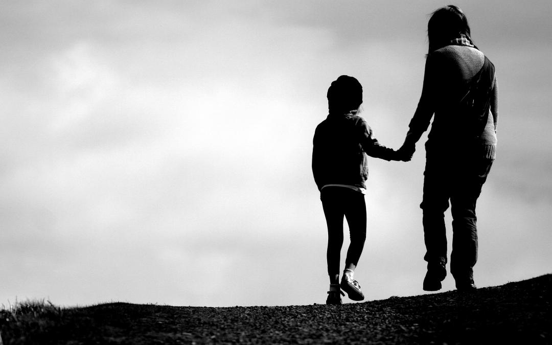 Najdôležitejším faktorom v živote rodiča je dieťa – alebo  vzťahová terapia rodič-dieťa