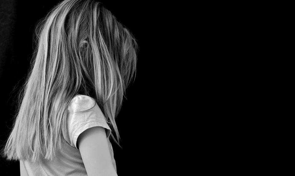 Gyermekem a sarokban- a Facebookról tudom…mit csináljak?- a coach, mediátor válaszol