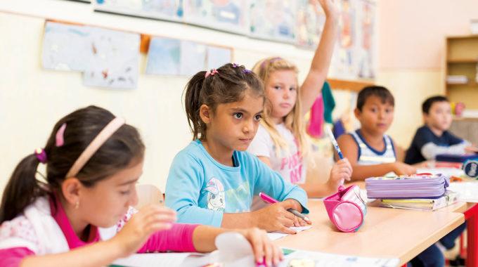 Rómska Identita Pri  Vzdelávaní V Základnej škole