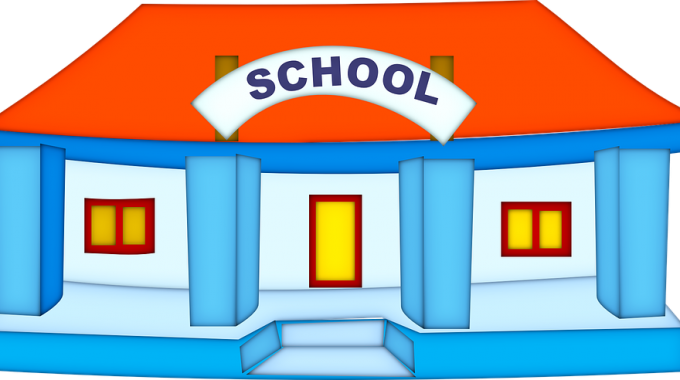 Tradičná škola Versus Alternatívna