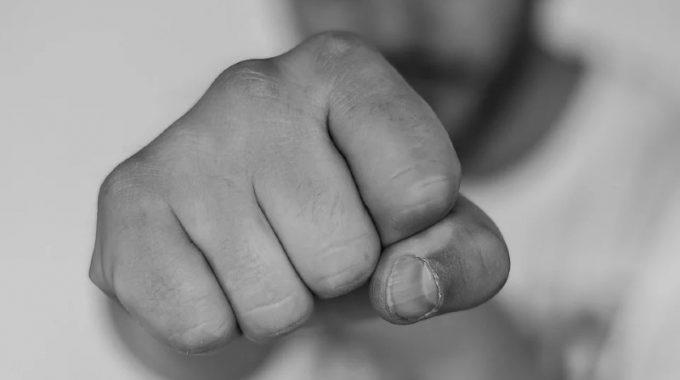 Sedem Rád Ako Poraziť  Sedemhlavého Draka S Pomocou Siedmich Zvykov